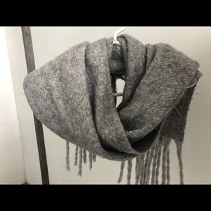 Oversized Gray Urban Outfitters Scarf